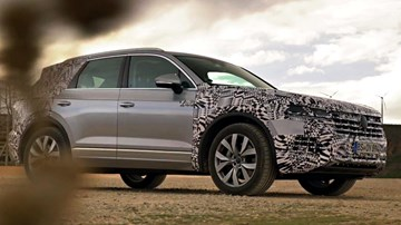 More Teasers Of The Volkswagen Touareg Drop - 01