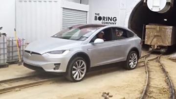 Tesla Model X Pulls Over 100-Tonnes Of Muck