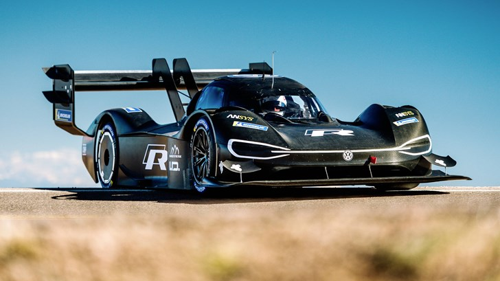 Volkswagen I.D R Pikes Peak: First Roll Out