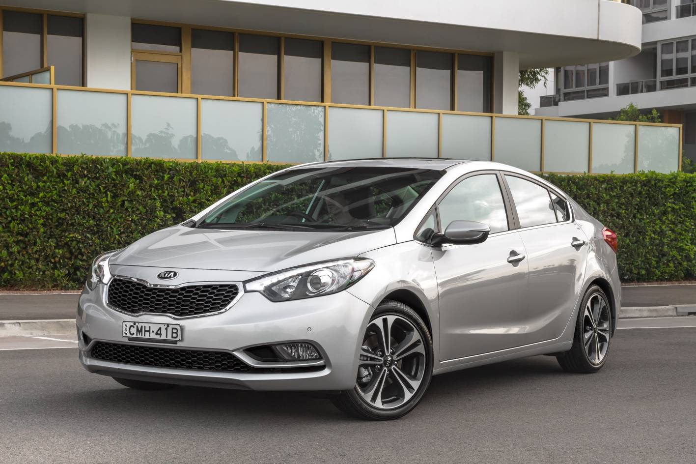 Review Kia Cerato Sli Sedan Review And Road Test