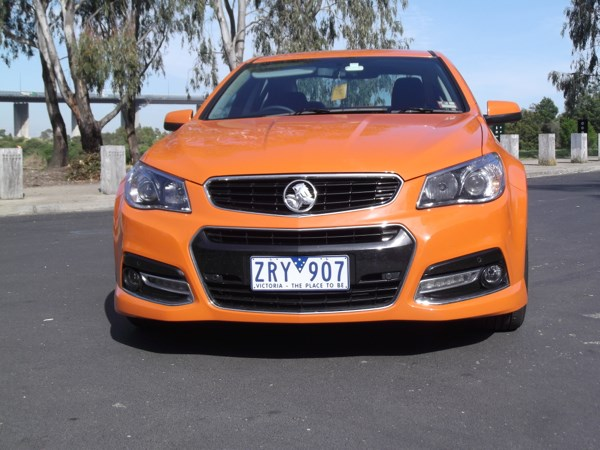 review holden commodore vf ss v review and road test