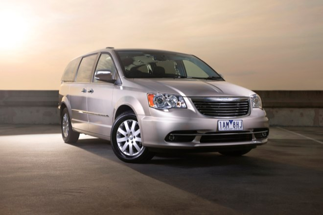 2014 CHRYSLER GRAND VOYAGER 4D WAGON LIMITED