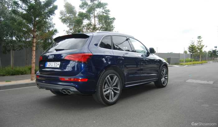 review audi sq5 review and road test. Black Bedroom Furniture Sets. Home Design Ideas