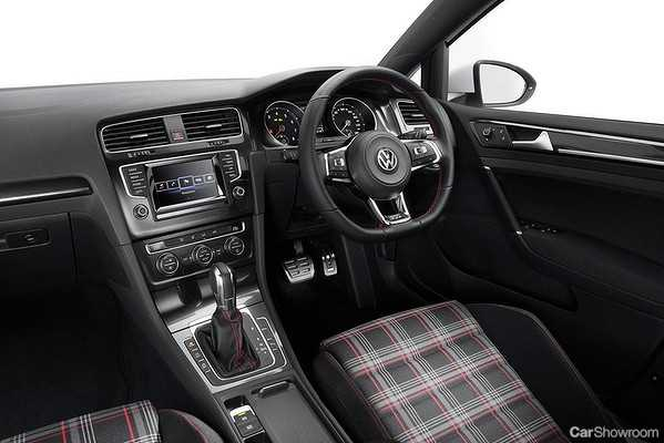 Review Volkswagen Golf GTi MK First Drive - 2013 volkswagen golf gti interior