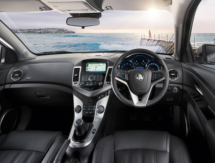 Review Holden Cruze Sri Hatchback Review And Road Test