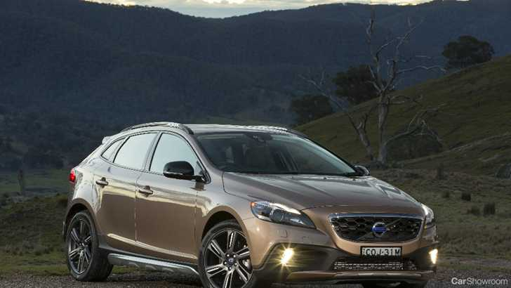 Review 2013 Volvo V40 Cross Country First Drive