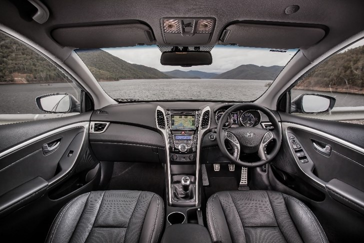 Review 2013 Hyundai I30 Sr Review And Frist Drive