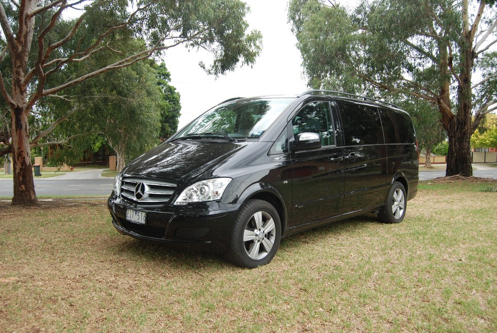 review 2013 mercedes benz viano review and road test. Black Bedroom Furniture Sets. Home Design Ideas