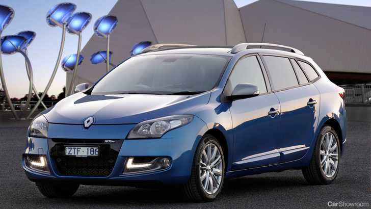 review 2013 renault megane first drive and review. Black Bedroom Furniture Sets. Home Design Ideas