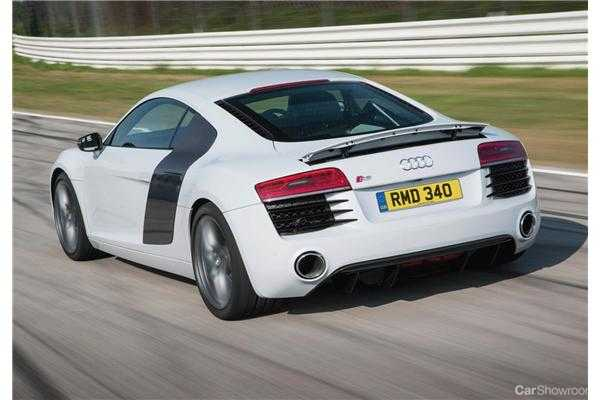 Review 2013 Audi R8 Coupe 42 Fsi V8 S Tronic Review