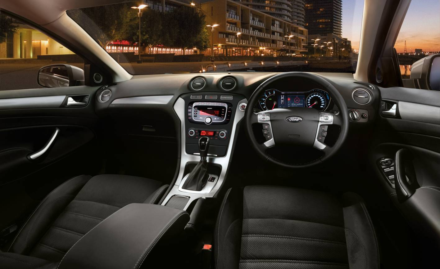 2013 ford mondeo wagon review
