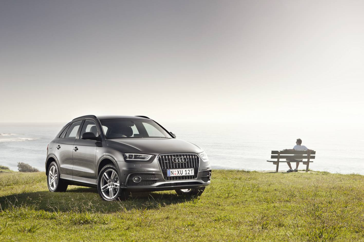 Review - Audi Q3 2.0TDI S-Line Review and Road Test