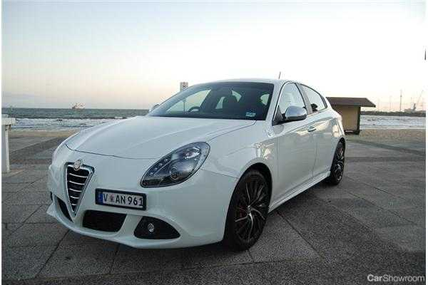 review - alfa romeo giulietta qv review and road test