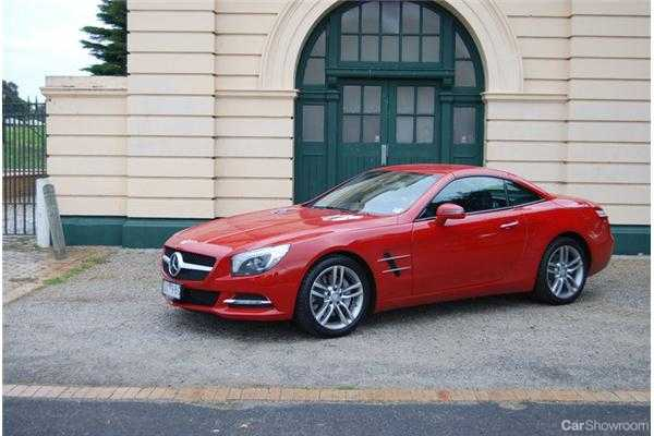 review 2012 mercedes benz sl 350 review and road test. Black Bedroom Furniture Sets. Home Design Ideas