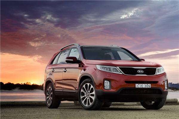 Review 2013 kia sorento first drive for Hyundai kia motor finance