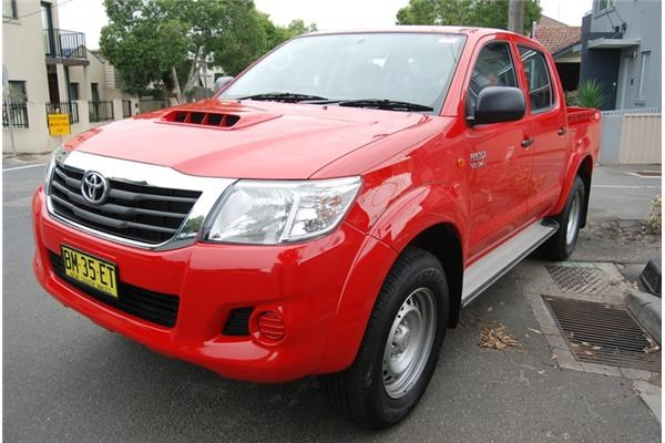 2012 TOYOTA HILUX DUAL CAB P/UP SR 4X4