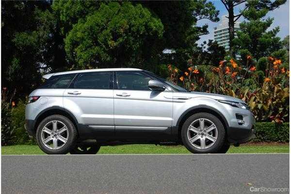 https://cdn.carshowroom.com.au/media/16419/2012-range-rover-evoque-5d-wagon-sd4-pure-20120509172048479.jpg.ashx?w=728&h=410&mode=crop&watermark=csr&format=jpg&quality=74&progressive=true&encoder=freeimage