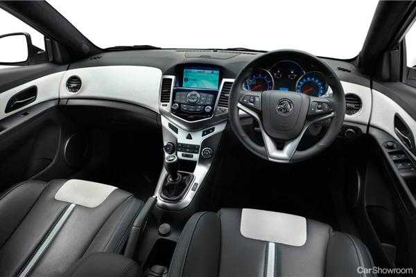Review 2012 Holden Cruze Hatchback Review And Road Test