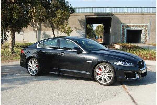 Review Jaguar XFR Review And Road Test - 2012 jaguar xfr review