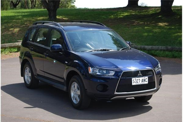 Review 2012 Mitsubishi Outlander Ls 2wd Review