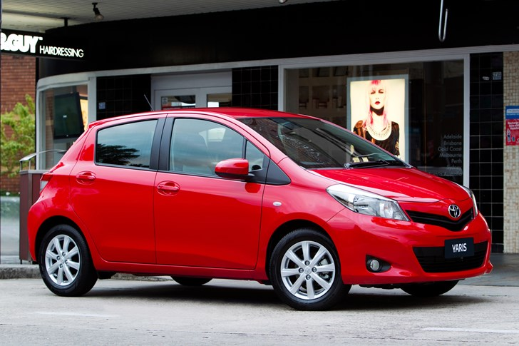 Review 2011 Toyota Yaris New Car Launch And First Drive