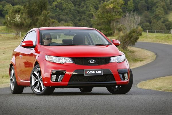 Private Car Sales >> Review - 2011 Kia Cerato Koup Review and Road Test