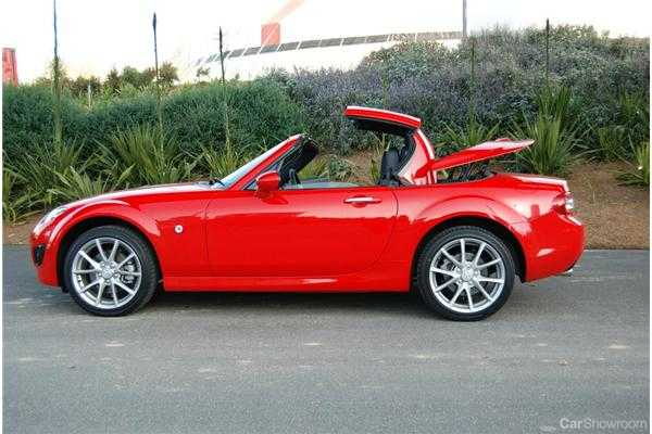 review 2011 mazda mx 5 review and road test. Black Bedroom Furniture Sets. Home Design Ideas