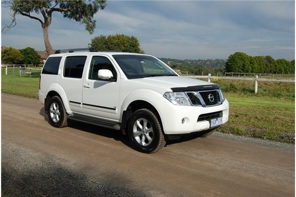 Review 2011 Nissan Pathfinder Ti550 Review And Road Test