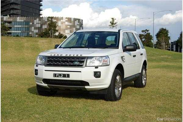 Review - 2011 Land Rover Freelander 2 Review and Road Test