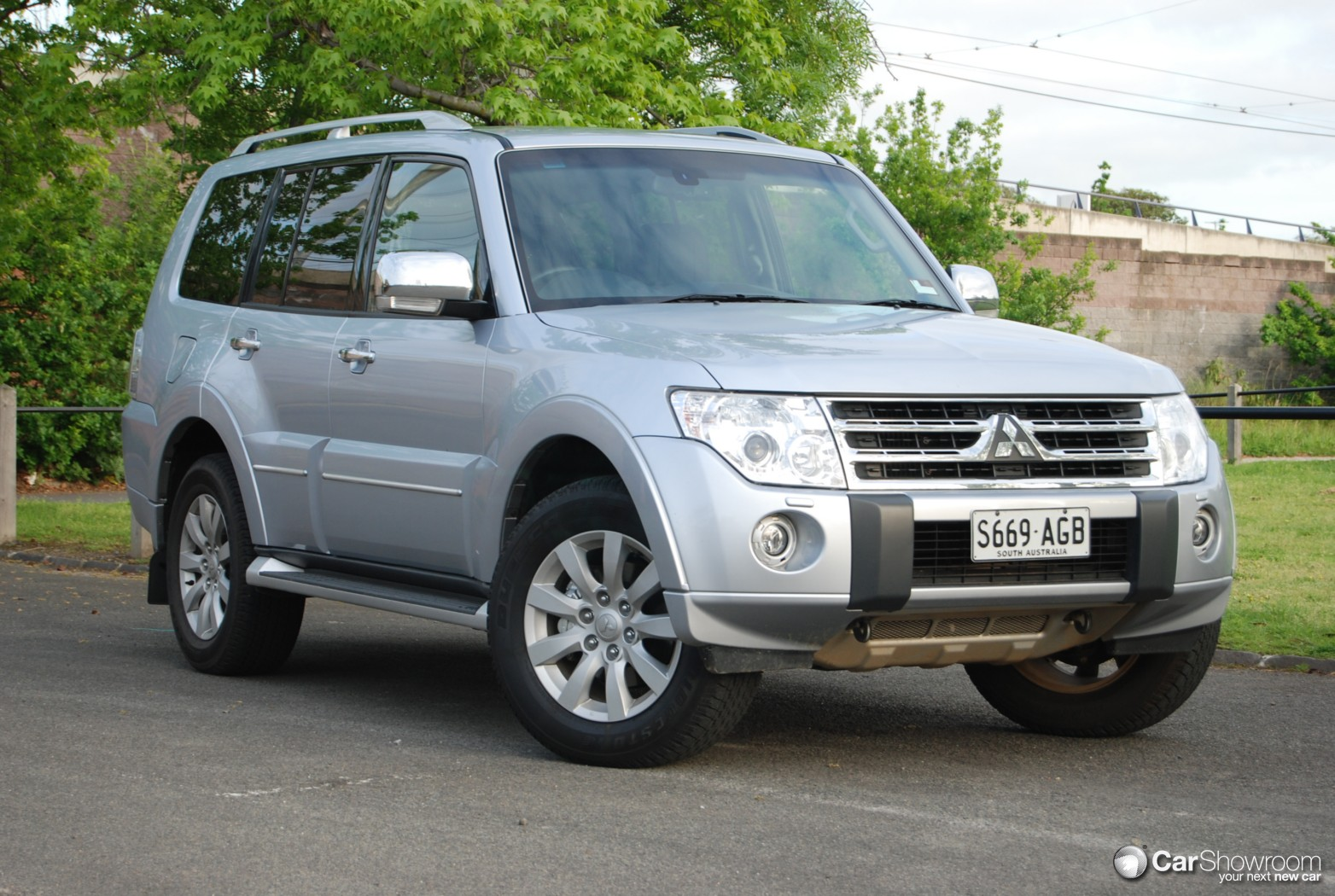 Review Mitsubishi Pajero Exceed And Road Test Sport 2010 Service Manual