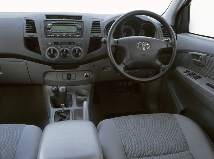 Review Toyota Hilux Sr Review Amp Road Test