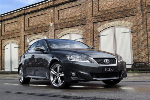 2010 LEXUS IS350