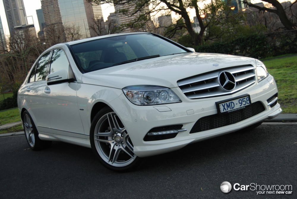 Review 2010 mercedes benz c 250 cgi sedan car review for 2010 mercedes benz c250