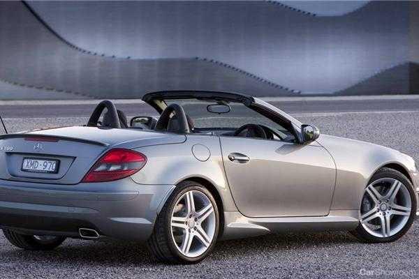 Review mercedes benz slk 300 car review for Mercedes benz slk 300
