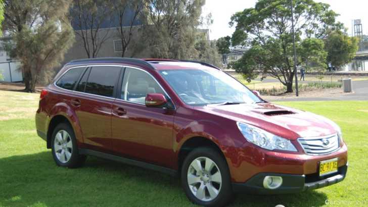 review 2010 subaru outback 2 0d premium car review. Black Bedroom Furniture Sets. Home Design Ideas