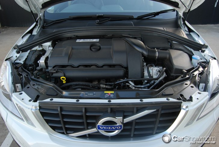 Review - 2010 Volvo XC60 - Car Review