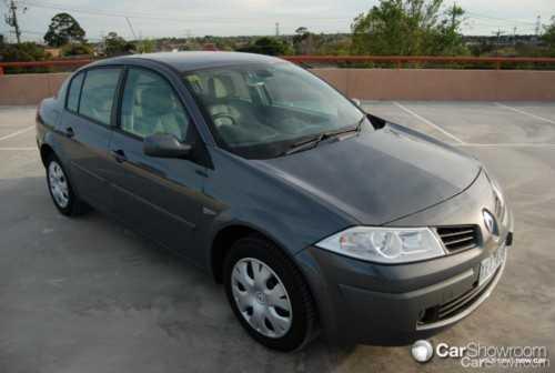 Review 2009 renault m gane sedan hatch car review - Renault megane 2009 coupe ...