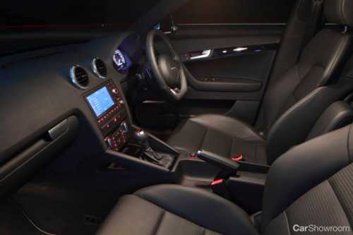 review 2010 audi s3 sportback s tronic car review. Black Bedroom Furniture Sets. Home Design Ideas