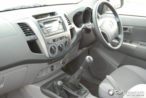 Review 2009 Toyota Hilux Car Review