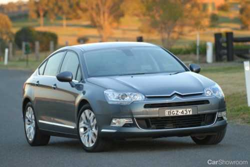 review 2009 citroen c5 car review. Black Bedroom Furniture Sets. Home Design Ideas