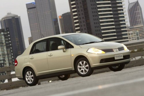 Review 2007 Nissan Tiida Car Review