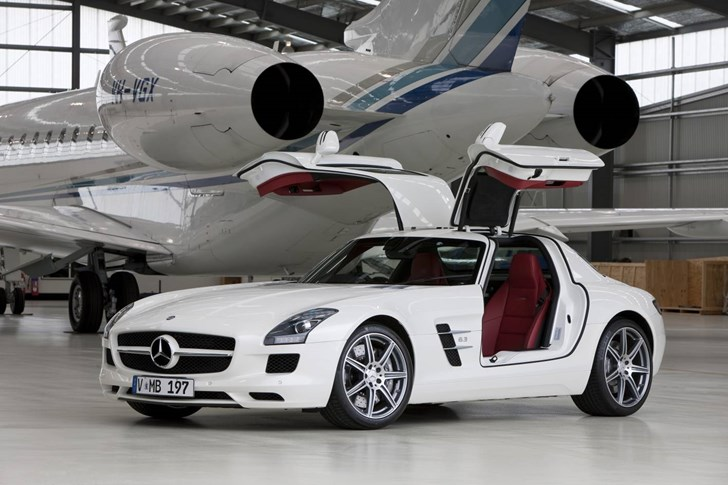 News Mercedes Benz Sls Amg Gullwing Launched In Australia