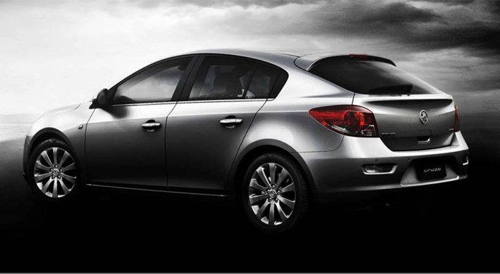 News Holden Cruze Hatchback Breaks Cover Officially