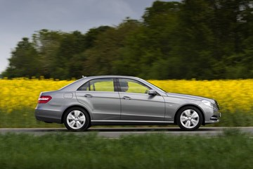 2011 MERCEDES-BENZ E250