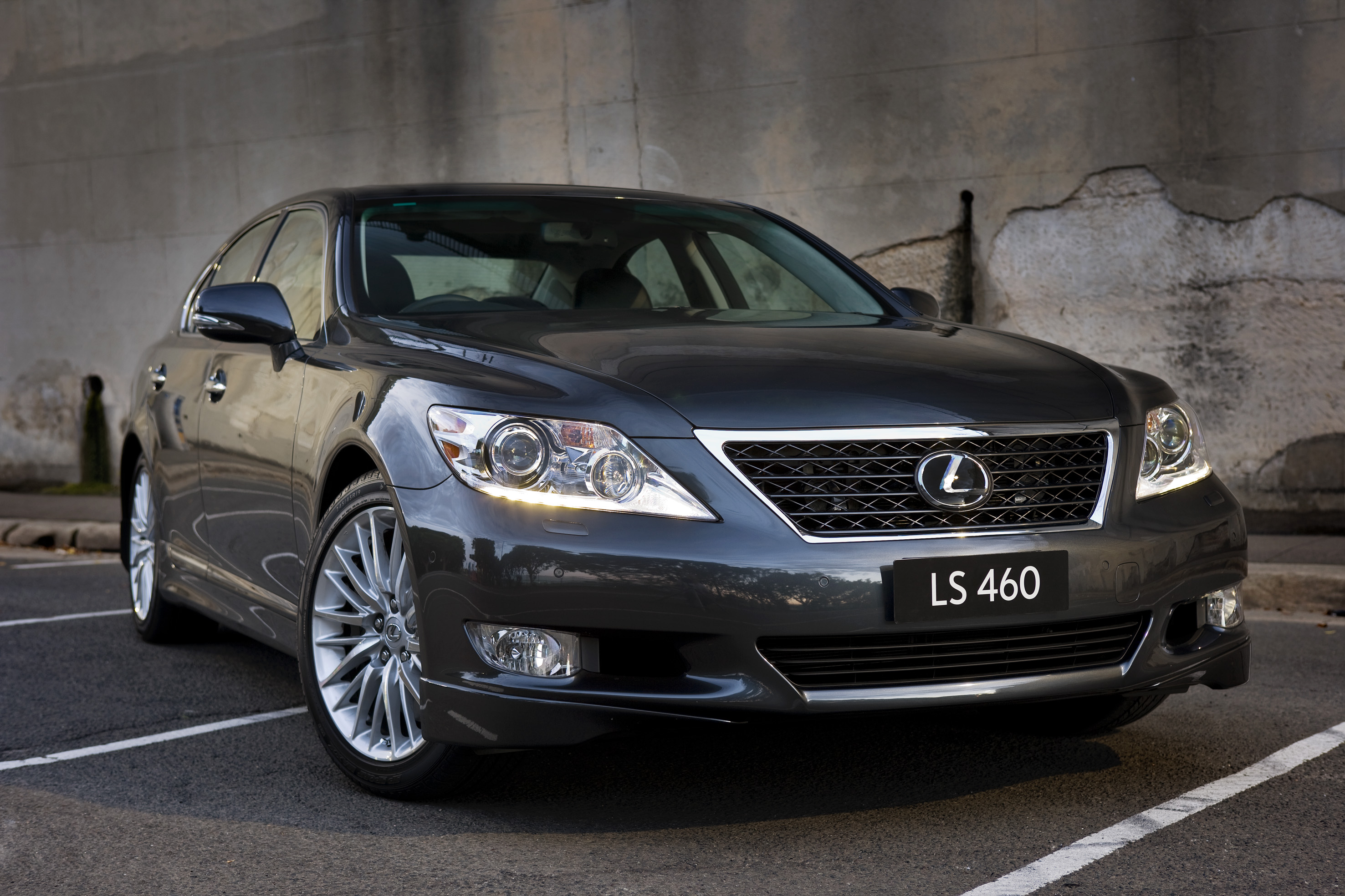 price luxury stu reviews suv lexus s