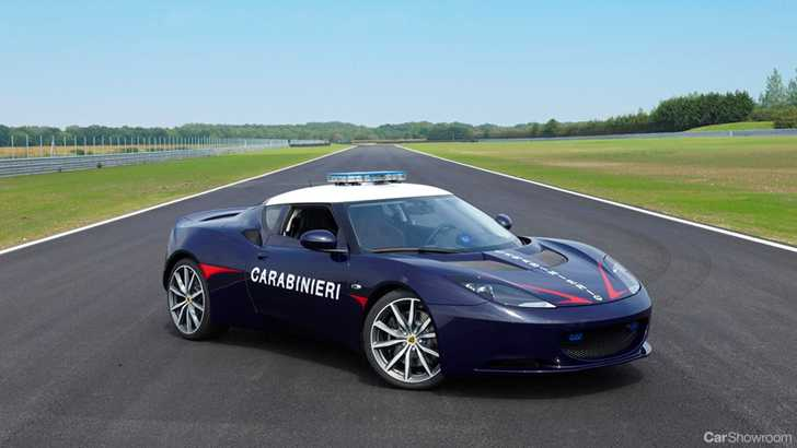 News Lotus Evora S Powers High Speed Italian Law Enforcers