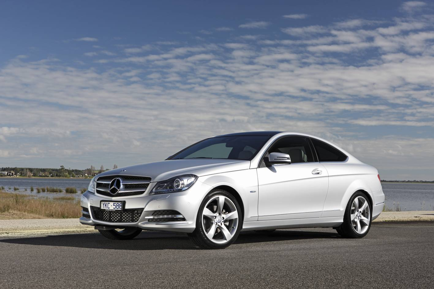 News c class coupe from mercedes benz for Mercedes benz c350 coupe