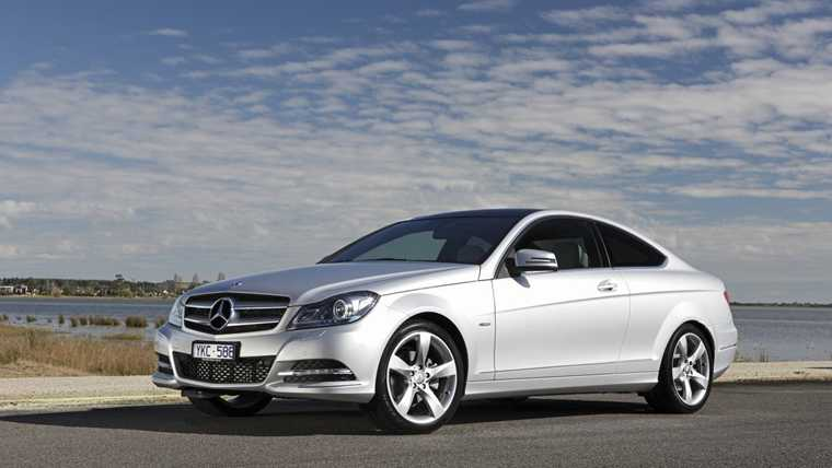 mercedes benz c220 d latest prices deals and specs. Black Bedroom Furniture Sets. Home Design Ideas