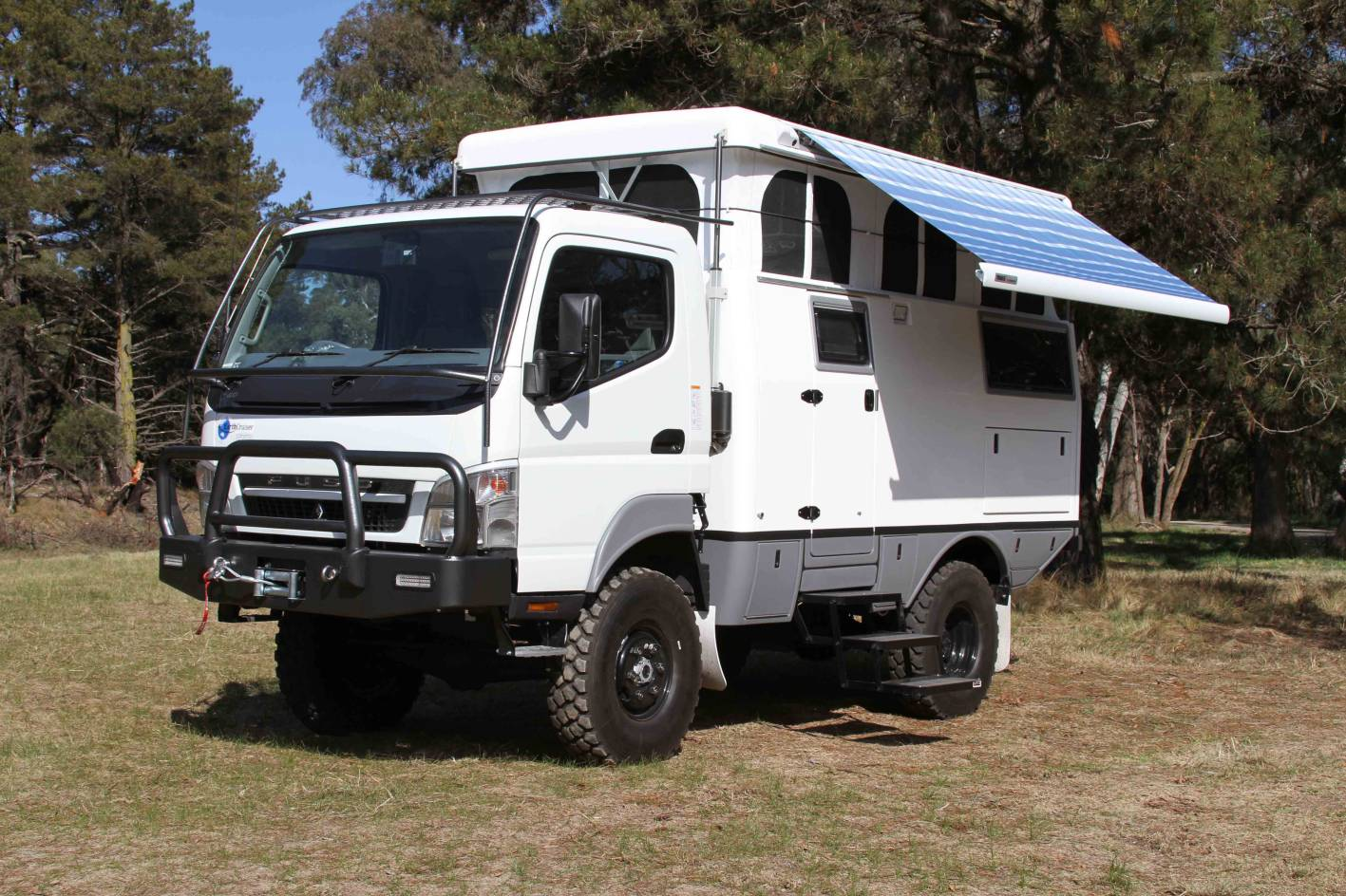 Sportsmobile 4x4 For Sale >> News - EarthCruiser Debuts In Melbourne