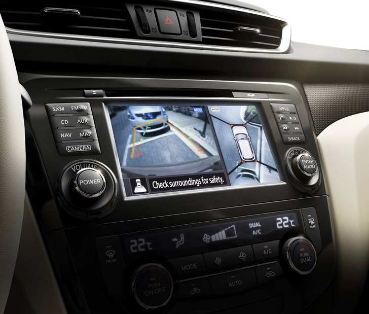 Review - Nissan X-TRAIL ST Review and Road Test